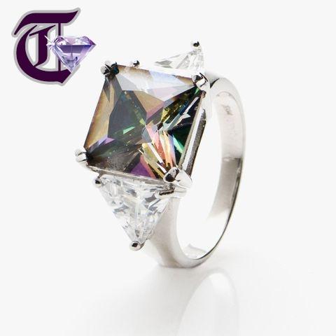 Nhẫn cưới đá quý DG