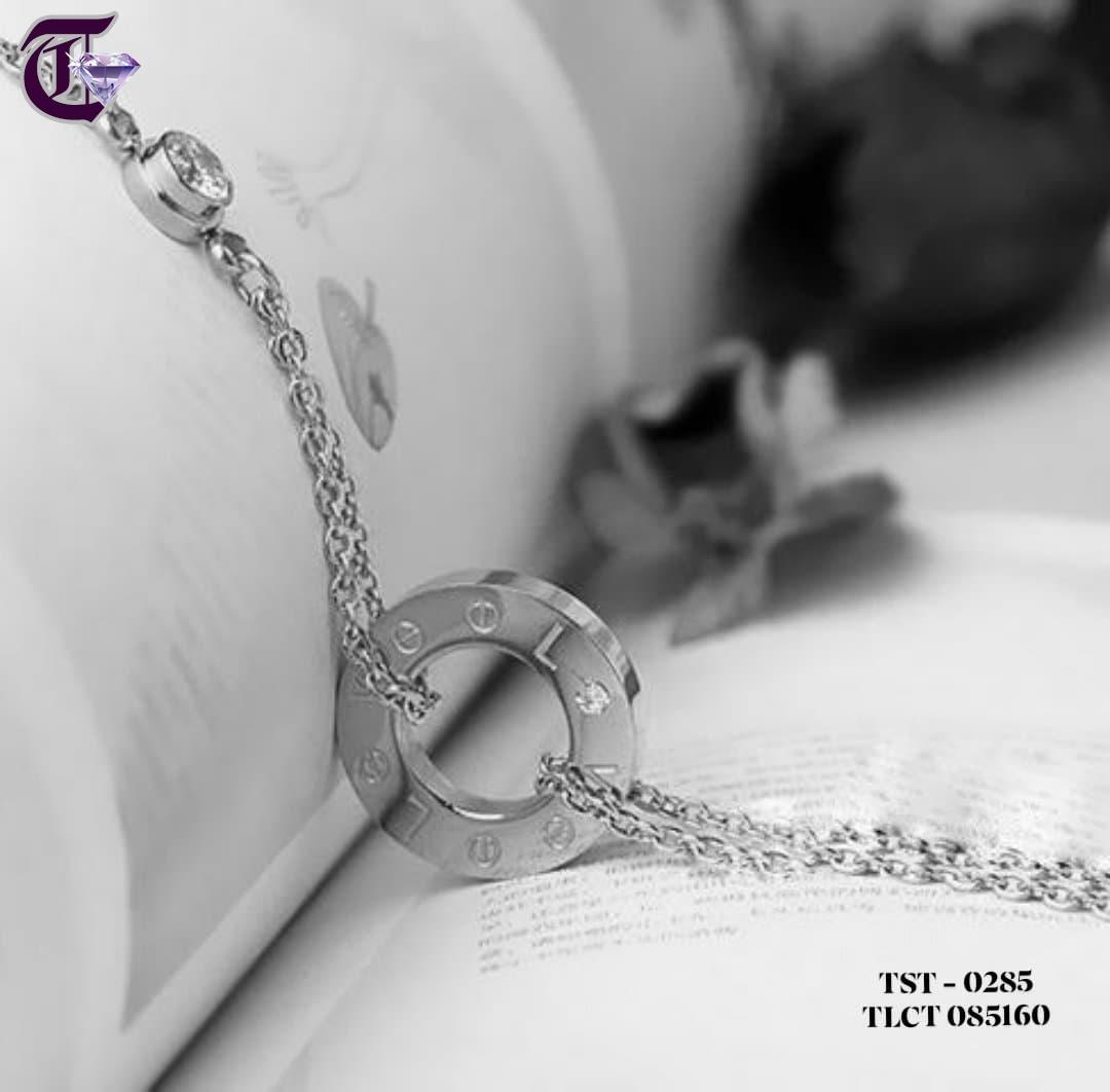 LẮC CHÂN NỮ TITAN CARTIER LOVE MÀU TRẮNG  TLCT 0285