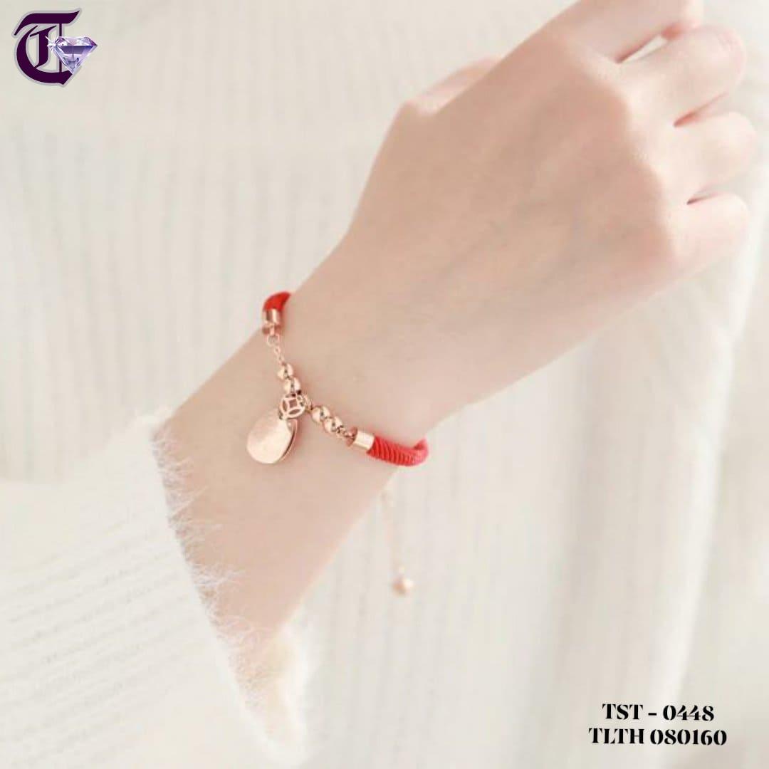 LẮC TAY CHỈ ĐỎ MÈO MAY MẮN TITAN MẠ VÀNG HỒNG TLTH 0448